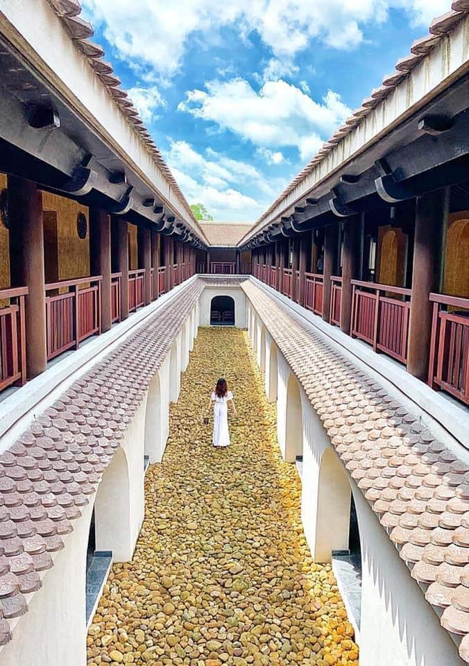 Đến Yên Tử ngắm mây vờn đỉnh núi, lạc bước vào khu nghỉ dưỡng 5* Legacy Yên Tử